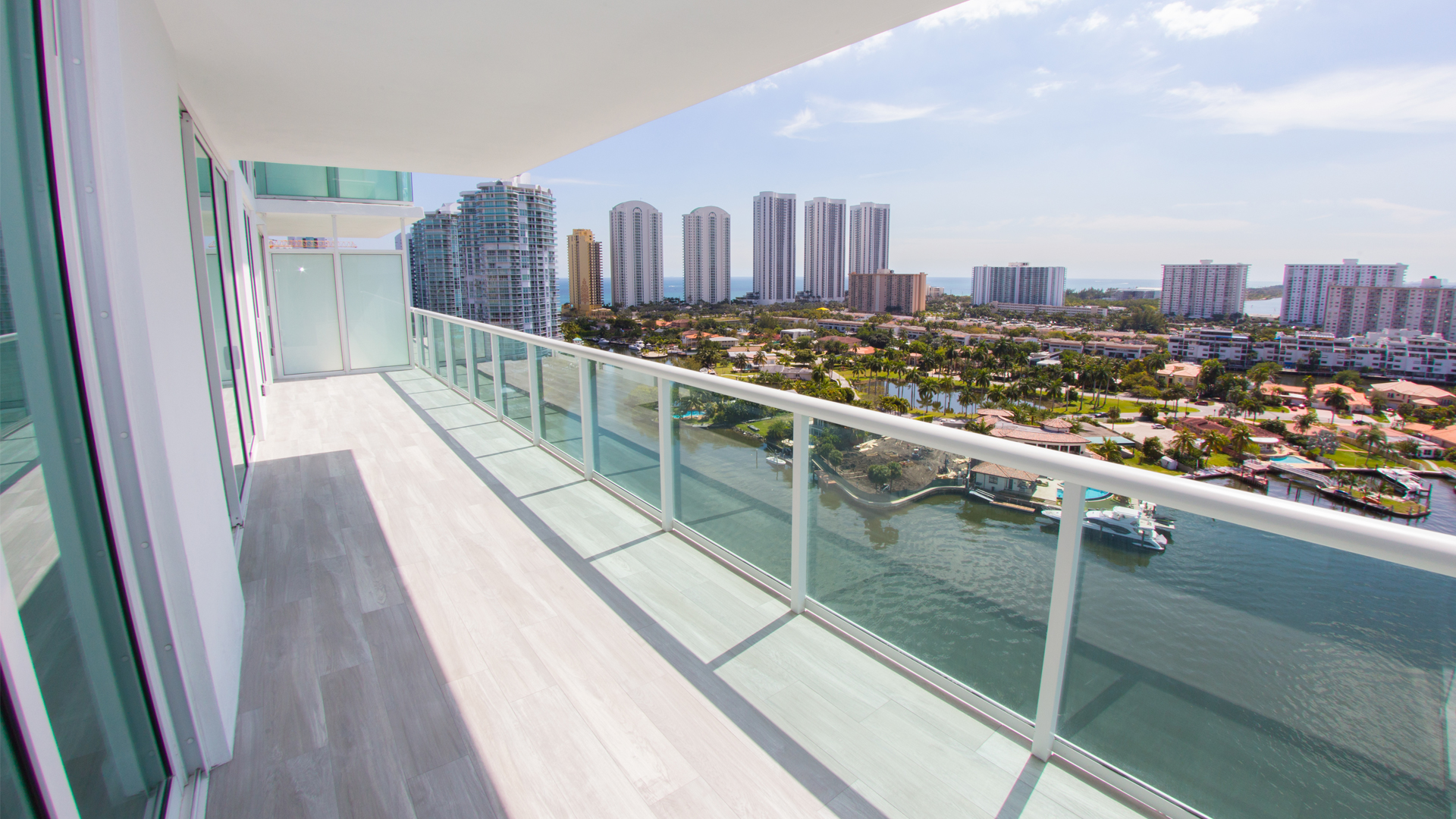 REAL ESTATE PHOTOSHOOT: 400 SUNNY ISLES UNIT 1721