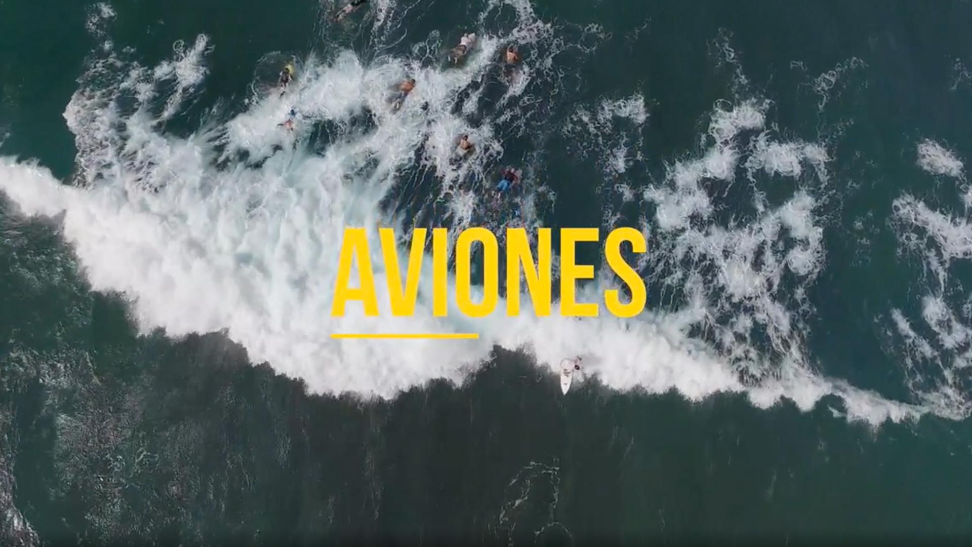 BODYBOARDING EN LA PLAYA AVIONES PUERTO RICO